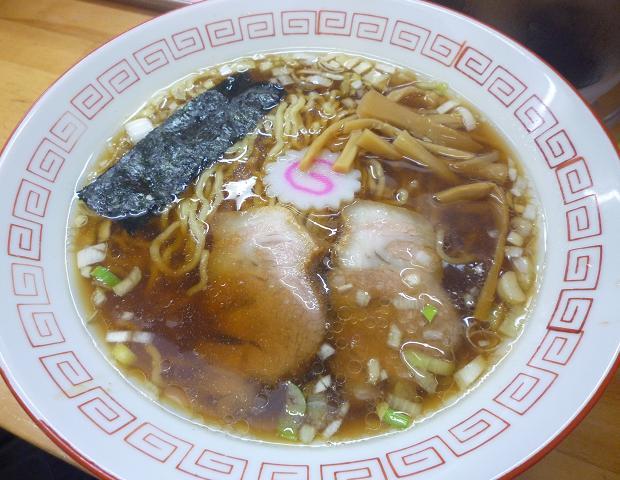 『昭和歌謡ショー』 王道の醤油ラーメン(700円)