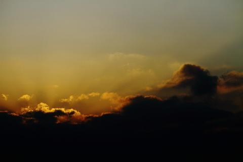 構内からの夕日