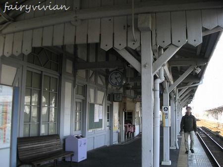 浜寺公園駅舎1