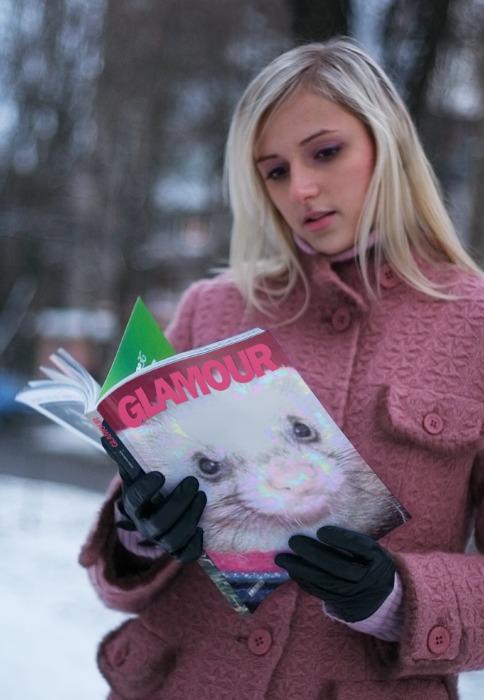 雑誌の表紙を飾るラブ