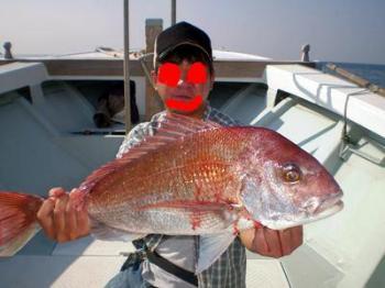 釣友も71cm大鯛ゲット!