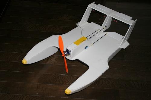 空飛ぶボート110716