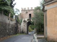 Porta Latina200
