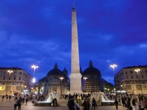 ポポロ広場300