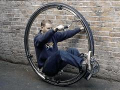 monocycle_top_m.jpg