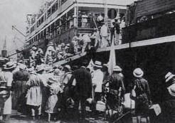 人道の敦賀港
