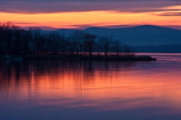 黄昏の網走湖