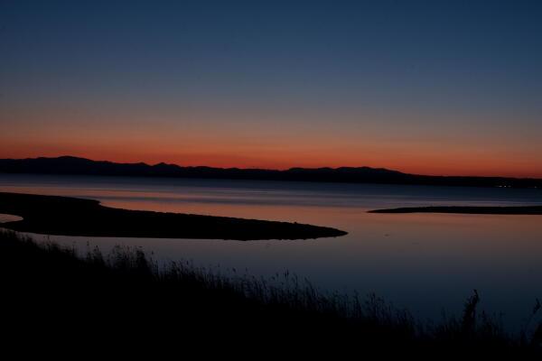 能取湖夕景