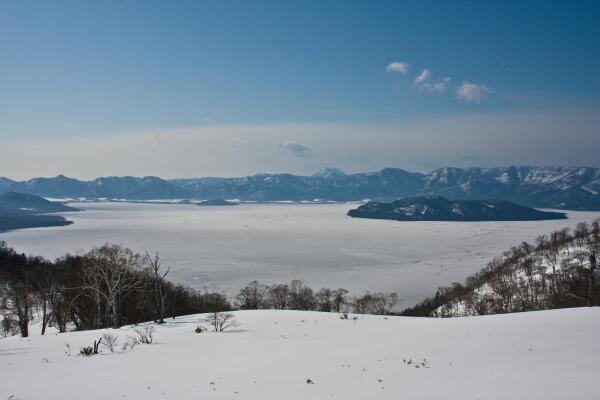屈斜路湖凍結