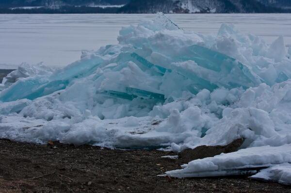 吹き寄せ氷 屈斜路湖