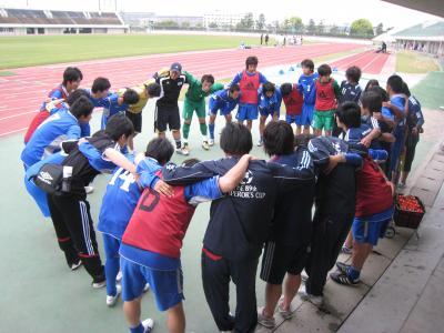 中国選手権2回戦 vs山口大学 2010/5/22/土「円陣」