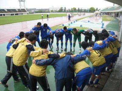 2010 総理大臣杯予選 vs岡山大学(5/23/日)「円陣」
