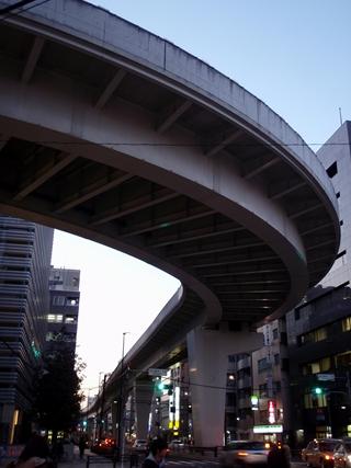 20120113 日暮里駅前3_R