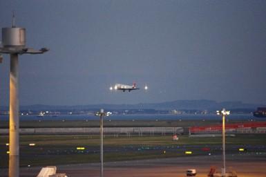 夜飛行機11.3
