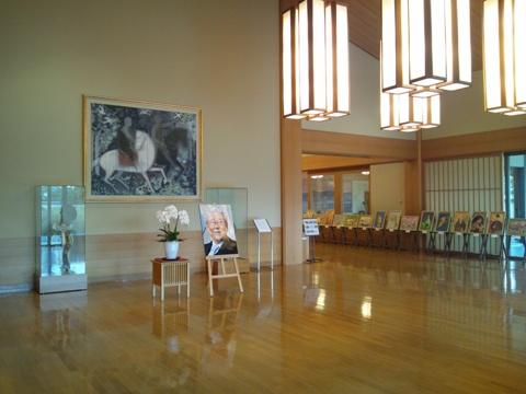 平山郁夫美術館ロビー(2011.08.05)
