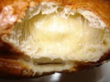 バナナ生地ミックスチーズ断面