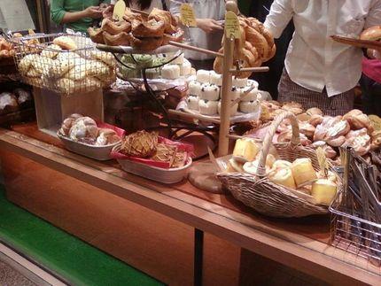 なんば パン屋 「とびら」:大阪難波