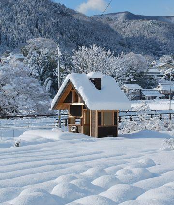 201011小屋雪の中