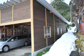 新しい車庫