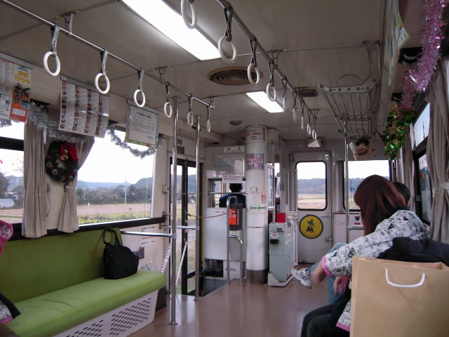 新田野駅発車直後?