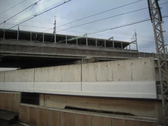 上は武蔵浦和駅?