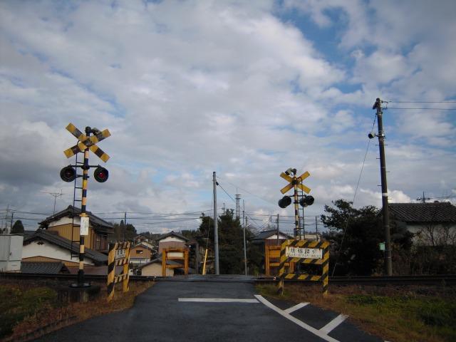大多喜?城見ヶ丘(猿稲踏切)2009/12/05