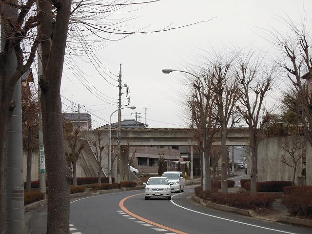 石岡南台駅入口付近にて