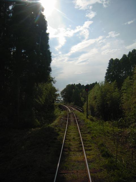 2010.6.19 国吉15:46発上り列車(22D)より 2(第1夷隅川橋梁)