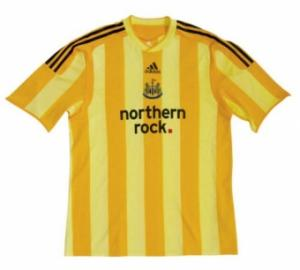 regular_2009newcastleawayshirt.jpg