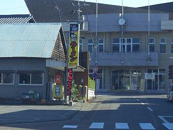 駅前ラーメン2