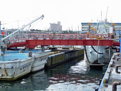 漁港区の橋