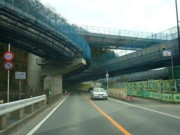 高尾山トンネル07