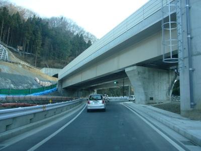 高尾山トンネル08