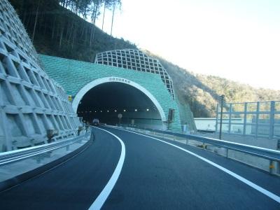 高尾山トンネル12