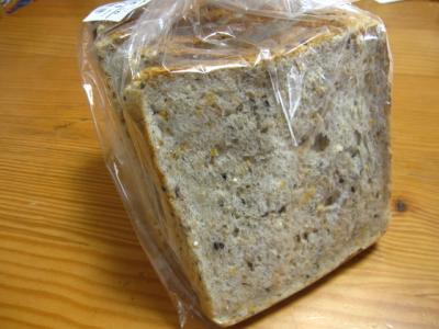 全粒五穀パン