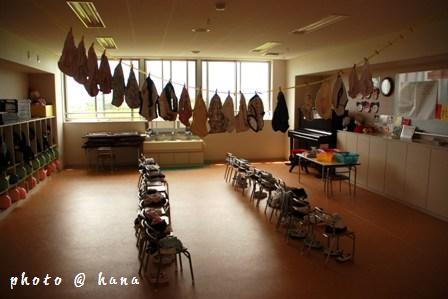 静かな教室に・・・