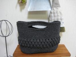 玉編みのミニニットバック