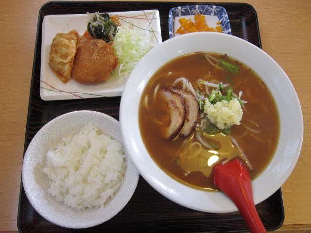 12:38 ニンニクラーメン定食\(^o^)/
