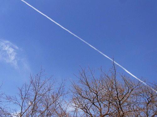 15飛行機雲