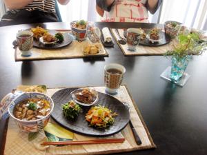 Kitouサンと、Yukaチャンと、 きのこたっぷり 秋の和食メニュー♪