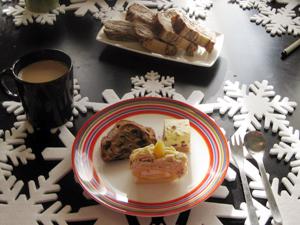 ちょっと早いけれど・・・シュトーレン・クリスマス用のチーズケーキも♪