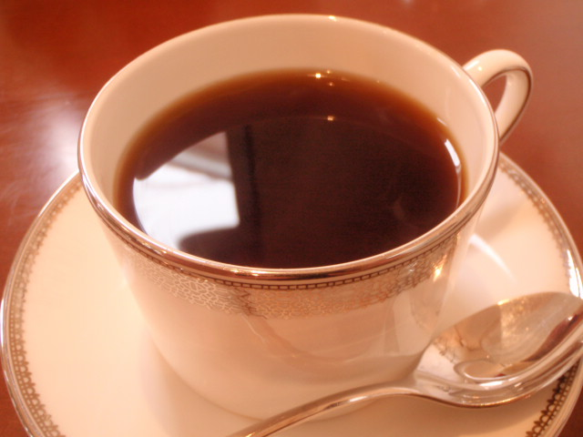 家では紅茶。外では珈琲派です。