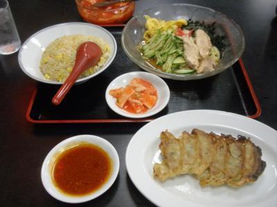 桜橋店冷麺セット650円と餃子100円