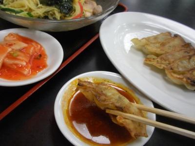 桜橋店冷麺と餃子