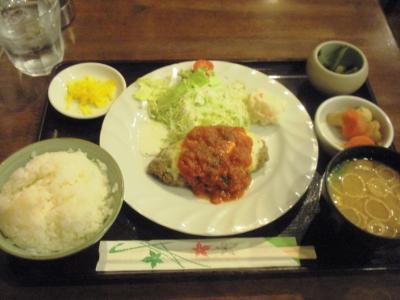 サンシーロハンバーグ定食チーズ680円