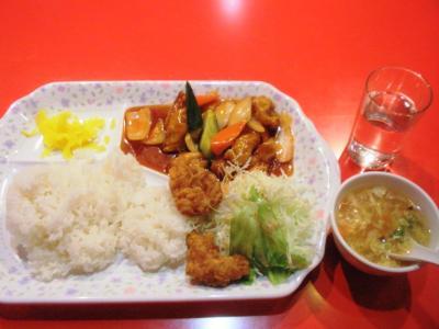 金明飯店2号店日替わりA酢豚定食550円