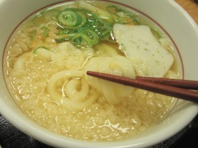 なか卯南堀江店和風牛丼(並)小うどんはいから430円うどんの麺