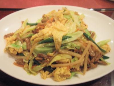 青冥梅田店20110224日替りランチメイン牛肉と五目野菜卵炒め
