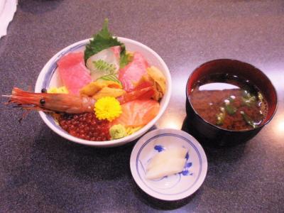 しら川ランチ魔法の海鮮ちらし寿司1500円