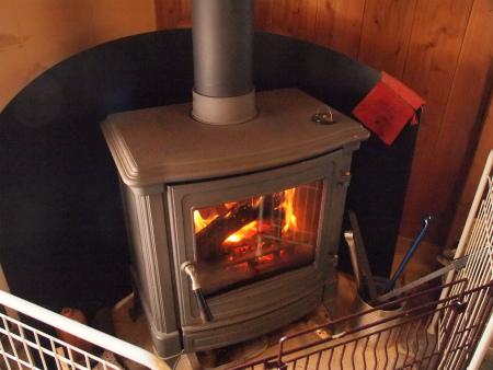暖炉始めました~
